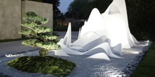 Sound of Silence (sunetul tacerii), care a castigat medalia de argint la expozitie, a fost inspirat de o veche ghicitoare Zen cunoscuta sub numele de koan. Ce este koan a fost inevitabila intrebare care a fascinat multimile din Londra. Un koan este o ghicitoare zen fara rezolvare, folosita ca exercitiu de meditatie in drumul spre iluminare. Designerul Fernando Gonzalez a imaginat[…] Mai mult…