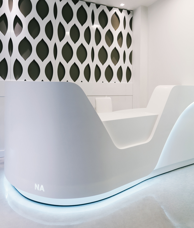 The white bar is made of HI-MACS®