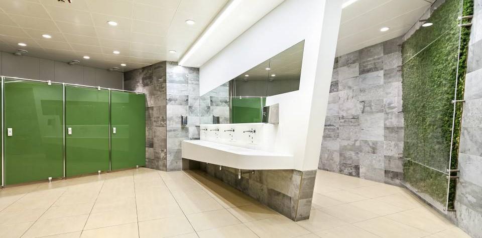 HI-MACS a fost folosit pentru lucrările de extindere și restilizare la Aeroportul Internațional din Napoli, demonstrând încă o dată că acest material este perfect pentru a da viață celor mai exigente proiecte. La terminalul de pasageri au fost executate importante proiecte de extindere și restilizare, la care arhitectul Antonio De Martino, cofondator al Gnosis Architettura, a contribuit cu semnătura elegantă[…] Mai mult…